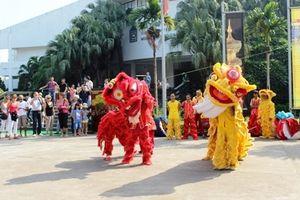 Vui Trung thu và khám phá 'Sắc màu văn hóa Ninh Thuận'