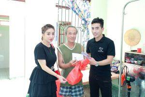 Á vương doanh nhân Johnny Nam Kiệt tổ chức lễ Vu Lan báo hiếu tại Trung tâm bảo trợ xã hội Hải Phòng