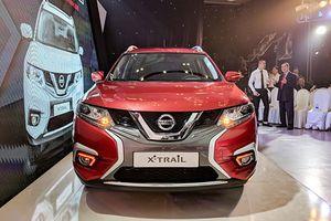 Nissan X-Trail 7 chỗ ngồi tới tay khách Việt với giá 991 triệu đồng
