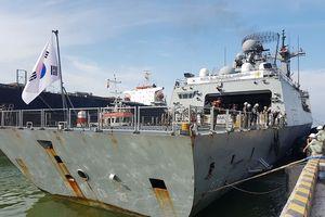 Tàu Hải quân Hàn Quốc Roks Munmu The Great cập cảng Đà Nẵng