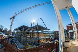 Kiến nghị sửa quy định đơn giá trong hợp đồng xây dựng
