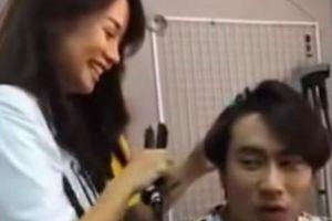 Xôn xao clip An Nguy tự tay làm tóc cho Kiều Minh Tuấn, cùng cười vui vẻ
