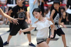 Ra mắt 102 vũ công 'nhí' cho vở đại vũ kịch lớn nhất từ trước đến nay