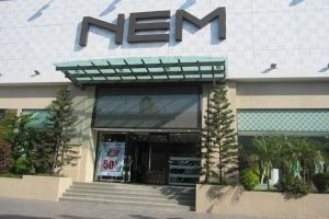 Thời trang NEM ảm đạm sau khi bị Vietinbank rao bán nợ