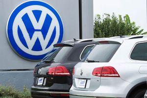 Volkswagen bị nhà đầu tư kiện đòi bồi thường hàng tỉ USD