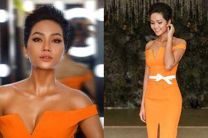 H'Hen Niê tiếp tục khoe đường cong trứ danh với màu cam rực rỡ, hoa hậu 'tắc kè hoa' đây rồi!