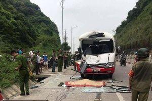 Xuống xe đi vệ sinh, hành khách bị ô tô phía sau đâm chết