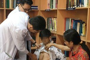 Bệnh nhân 16 tuổi 'biến mất' dạ dày sau khi uống nhầm hóa chất