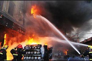 Tham gia bảo hiểm cháy nổ bắt buộc: Quy định 'bắt buộc', nhưng chế tài quá 'hẻo'