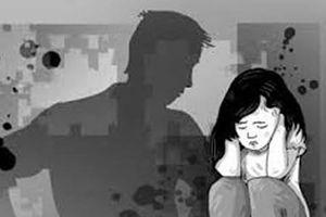 Vụ thầy giáo dâm ô 9 học sinh: Sợ đến mức bỏ học, nhập viện