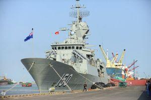 3 tàu Hải quân Hoàng gia Australia ghé thăm TP.HCM