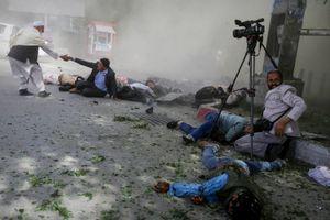 Thế giới lên án vụ đánh bom thảm sát nhà báo ở Afghanistan