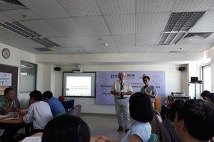 Phát triển chương trình giảng dạy STEM cho học sinh THPT