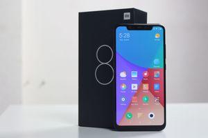Xiaomi Mi 8 về VN: Thiết kế giống iPhone X, giá 10 triệu