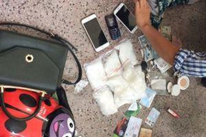 Bắt gọn 2 đối tượng đang vận chuyển hơn 1kg ma túy về Thái Bình tiêu thụ