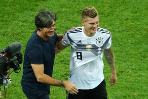 CĐV ĐT Đức 'phát điên' với bàn thắng siêu phẩm của Toni Kroos