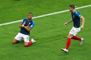 Kylian Mbappe tạo nên trang sử mới ở World Cup