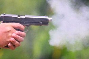 Nghi vấn đại úy công an bị khống chế bằng súng cướp ô tô trong đêm