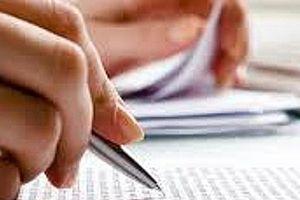 Chiếc bút màu xanh của 'thánh soi'