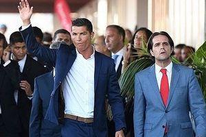 'Dù đã sang Juventus, Ronaldo vẫn có thể bị bắt vì trốn thuế'