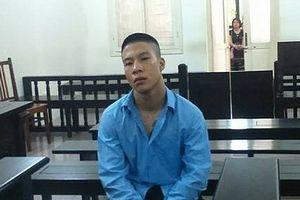 3 năm tù với kẻ khống chế nữ điều dưỡng viên
