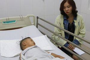 Sức khỏe của 4 người sống sót sau vụ tai nạn thảm khốc ở Quảng Nam