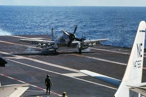 Giải mã tiêm kích hạm cánh quạt cuối cùng của Mỹ trong CTVN