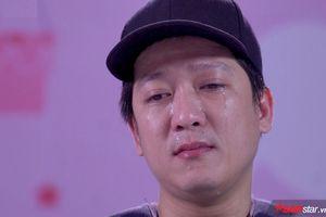 Trường Giang giàn giụa nước mắt: 'Sợ nhất một ngày, khán giả không còn vỗ tay vì những sai lầm của mình'