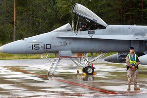 Chiến đấu cơ NATO có hành động 'khủng khiếp' ngay sát vách Nga