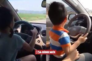 Bố mẹ cho con nhỏ 3 tuổi lái xe ô tô rồi đăng clip lên Facebook làm dậy sóng cộng đồng mạng