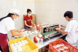 Nỗ lực khôi phục thương hiệu bánh Trung thu Xuân Ðỉnh