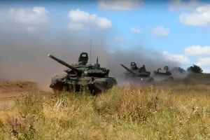 Chùm ảnh Nga tập trận lớn nhất lịch sử