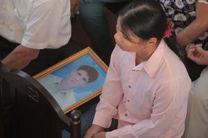 Kiến nghị khẩn thiết của gia đình 9 người chết vì tai biến chạy thận ở Hòa Bình