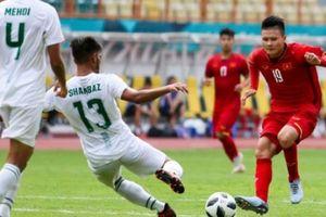 Công Vinh nói gì khi Quang Hải được các đội bóng nước ngoài săn đón?