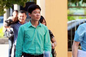Bác sĩ Hoàng Công Lương bị buộc tội vô ý làm chết người