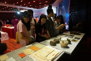 Hơn 1000 hiện vật về thời bao cấp được trao tặng Hà Nội