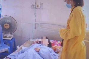 Tự ý dùng thuốc nam điều trị ung thư vú, nữ bệnh nhân nhập viện nguy kịch