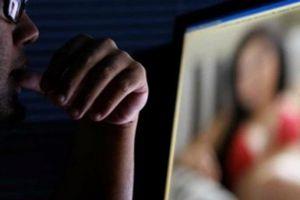 Ngoại tình, chat sex 'có nghề' trên mạng, chồng tôi vẫn bao biện bằng lý do khó tin