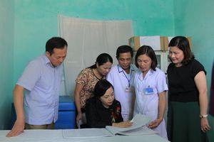 Nâng cao năng lực chuyên môn đáp ứng yêu cầu chăm sóc sức khỏe nhân dân