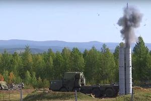 Dàn vũ khí Nga phô diễn sức mạnh hủy diệt ở Vostok 2018