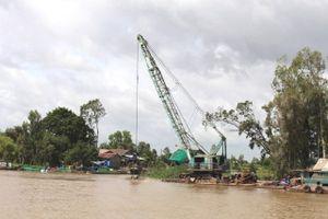 Đồng Tháp đề nghị dừng dự án nạo vét sông Cái Vừng gây sạt lở nghiêm trọng