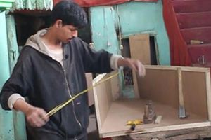 Do chiến tranh, người bán quan tài ở Afghanistan ăn nên làm ra