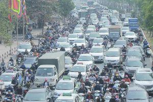 Hà Nội: Chỉ số chất lượng không khí các điểm giao thông tăng cao