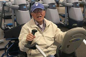 Cụ ông 111 tuổi tiết lộ bí quyết để sống thọ