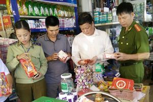 Huyện Mỹ Hào (Hưng Yên) tăng cường kiểm tra đảm bảo vệ sinh an toàn thực phẩm dịp Tết Trung Thu