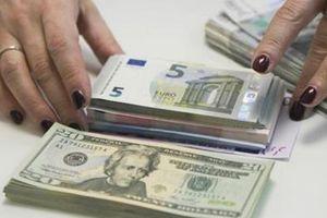 Nga tham vọng hạ bệ USD: Hay thì thật hay...