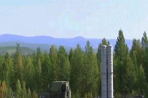 Nga phóng hơn 30 tên lửa trong cuộc tập trận quy mô lớn