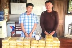Bắt vụ vận chuyển 200 nghìn viên ma túy tổng hợp