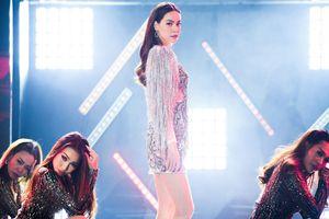 Hồ Ngọc Hà hát phiên bản mới 'Em muốn anh đưa em về'