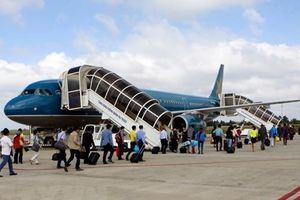 Khách nước ngoài trộm cắp trên tàu bay, bị từ chối vận chuyển